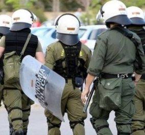"""Έρευνα διέταξε η ΕΛ.ΑΣ. για τις προκλίσεις των ΜΑΤ προς τους κατοίκους της Κω: Χτύπαγαν & φώναζαν """"Θα σας γ... όλους""""  - Κυρίως Φωτογραφία - Gallery - Video"""