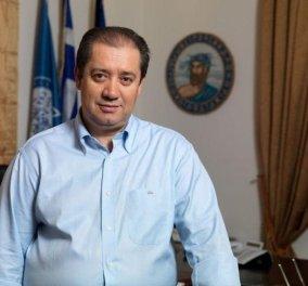 Χτυπάνε πια ανεξέλεγκτα: Παραλίγο να καεί ζωντανός ο βουλευτής του ΠΑΣΟΚ Γιώργος Αρβανιτίδης με μολότοφ!  - Κυρίως Φωτογραφία - Gallery - Video