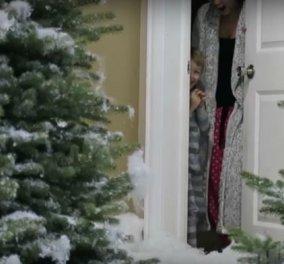 Μπαμπάς σκηνοθέτης: Έστησε χιονοθύελλα για τα παιδιά του μέσα στην κουζίνα του σπιτιού - Ουάου - Κυρίως Φωτογραφία - Gallery - Video