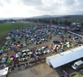 Daily Mail: Το νέο Σιδηρούν Παραπέτασμα της Ευρώπης η Ειδομένη - Κυρίως Φωτογραφία - Gallery - Video