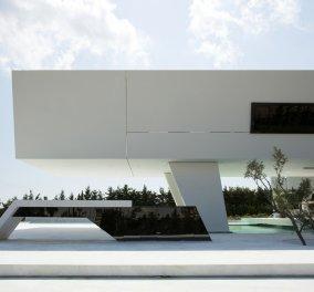 Κι όμως είναι στην Ελλάδα - Οι πιο υπερμοντέρνες κατοικίες υψηλής αρχιτεκτονικής της χώρας - Κυρίως Φωτογραφία - Gallery - Video