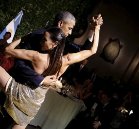 To φλογερό τανγκό του Μπάρακ Ομπάμα με καλλονή χορεύτρια - Σε γεύμα με την Μισέλ - Κυρίως Φωτογραφία - Gallery - Video