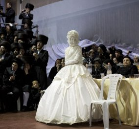 Η νύφη φορούσε βέλο: Φωτογραφίες από την εβραϊκή εντυπωσιακή τελετουργία υπερορθόδοξου γάμου  - Κυρίως Φωτογραφία - Gallery - Video