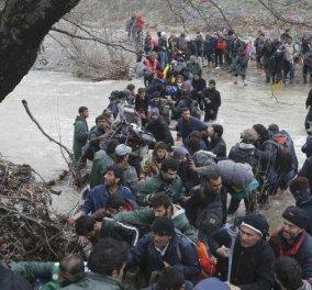 """Σε αναταραχή ξανά η Ειδομένη - Πληροφορίες για νέα απόπειρα παραπλάνησης των προσφύγων - Στο στόχαστρο της Αστυνομίας """"ύποπτες"""" Μ.Κ.Ο.  - Κυρίως Φωτογραφία - Gallery - Video"""