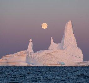 Εντυπωσιακά παγόβουνα της Γροιλανδίας όταν ο ήλιος δεν δύει ποτέ - Όλα τα χρώματα της ίριδας στον ουρανό - Κυρίως Φωτογραφία - Gallery - Video