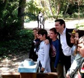 Τι είπε ο Αλέξης Τσίπρας με τους μαθητές στον Εθνικό Κήπο;  - Κυρίως Φωτογραφία - Gallery - Video
