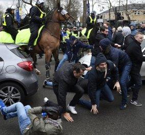 Καβάλα στα άλογα  οι αστυνομικοί όρμησαν στους αγριεμένους οπαδούς των Τότεναμ - Άρσεναλ  (φωτό) - Κυρίως Φωτογραφία - Gallery - Video