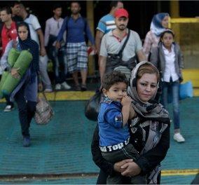 Aποκάλυψη της Daily Mail: Πουλάνε πακέτα των 10.000 ευρώ «all inclusive» σε πλούσιους πρόσφυγες  - Κυρίως Φωτογραφία - Gallery - Video