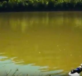Τι συμβαίνει αν ρίξουμε στερεό νάτριο σε ένα ποτάμι; Λοιπόν... Καλύτερα να μην το δοκιμάσετε! (βίντεο) - Κυρίως Φωτογραφία - Gallery - Video