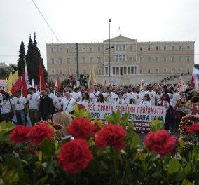 Μεγάλες πορείες και συλλαλητήρια στο κέντρο της Αθήνας για το Ασφαλιστικό - Κορυφώνονται το απόγευμα οι διαμαρτυρίες - Κυρίως Φωτογραφία - Gallery - Video