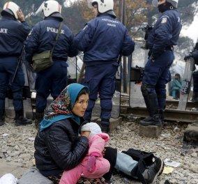 Ξεκινά η εκκένωση της Ειδομένης: 10 διμοιρίες των ΜΑΤ ''αδειάζουν'' τον καταυλισμό προσφύγων - Κυρίως Φωτογραφία - Gallery - Video