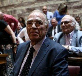 Ο Βασίλης Λεβέντης βουρκώνει στην Βουλή! Να και ένας πολιτικός με συναίσθημα- Δείτε το βίντεο   - Κυρίως Φωτογραφία - Gallery - Video