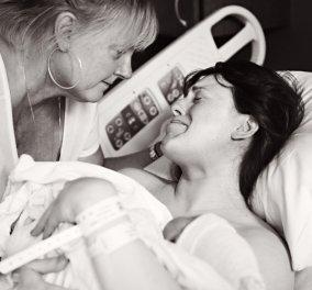 20 απίστευτες εικόνες με μαμάδες να βοηθούν τις κόρες τους στην γέννα - Φοβερό!  - Κυρίως Φωτογραφία - Gallery - Video