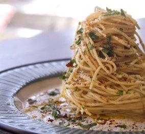 Σπαγγέτι aglio e olio με το μπούκοβο του μέσα για σπέσιαλ βράδια με φίλους & συνταγή του Άκη Πετρετζίκη - Κυρίως Φωτογραφία - Gallery - Video