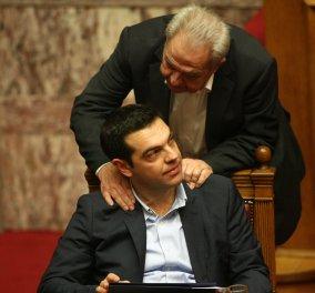 """""""Επιδημία διαγραφών"""" βουλευτών για το Ασφαλιστικό - Το ΤΕΕ απειλεί να διαγράψει Τσίπρα & Φλαμπουράρη - Ανάλογες αποφάσεις από Γιατρους, Δικηγόρους - Κυρίως Φωτογραφία - Gallery - Video"""