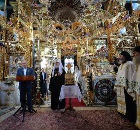 """Το εκπληκτικό φωτογραφικό αφιέρωμα του Κρεμλίνου από την επίσκεψη του Βλαντιμίρ Πούτιν στο """"Περιβόλι της Παναγίας"""" - Κυρίως Φωτογραφία - Gallery - Video"""