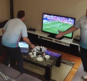 H φάρσα της ημέρας: Τούρκος σπάει TV και laptop γιατί... η κοπέλα του την απορύθμισε την ώρα του Euro - Κυρίως Φωτογραφία - Gallery - Video