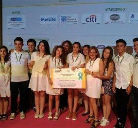 Έτοιμοι να κατακτήσουν την Ευρώπη  οι μαθητές-επιχειρηματίες της Πιερίας  με τον έξυπνο, χαμογελαστό κάδο τους «Smileybin»  - Κυρίως Φωτογραφία - Gallery - Video