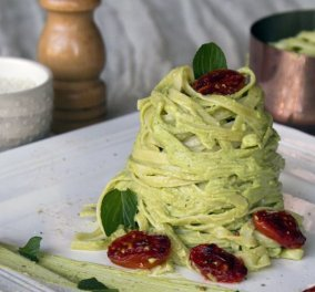 Λιγκουίνι με πέστο αβοκάντο και γεύση θεϊκή! Ο Άκης μας δείχνει βήμα - βήμα τη συνταγή   - Κυρίως Φωτογραφία - Gallery - Video