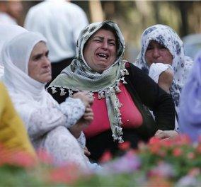 """Οργή εναντίον του Ερντογάν στις κηδείες των θυμάτων του """"ματωμένου γάμου"""" στο Γκαζιαντέπ: """"Είσαι δολοφόνος!"""" - Κυρίως Φωτογραφία - Gallery - Video"""