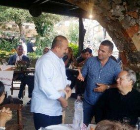 Το εξαίσιο γκουρμέ κρητικό  δείπνο που απόλαυσε ο Τσαβούσογλου στο Λασίθι: Κυδωνάτες πατάτες ξανά & ξανά  - Κυρίως Φωτογραφία - Gallery - Video