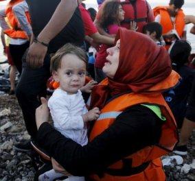 Συγκλονιστικό βίντεο από την διάσωση  αγνοούμενων προσφύγων κοντά στη Λέσβο - Το ελληνικό λιμενικό υπ' ατμών - Κυρίως Φωτογραφία - Gallery - Video