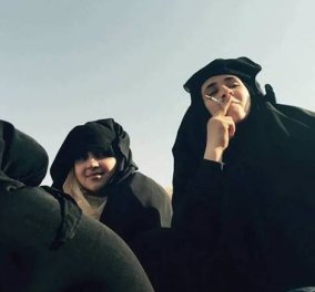 Οι γυναίκες της πόλη Μάνμπιτζ στη Συρίας γιορτάζουν την απελευθέρωση από το ISIS... καίγοντας τις μπούρκες τους! (βίντεο) - Κυρίως Φωτογραφία - Gallery - Video