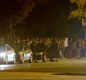 """""""Πόλεμος"""" ξέσπασε μετά τον θάνατο 23χρονου από αστυνομικό - Βάζουν φωτιά & σπάνε μαγαζιά – Φωτό, βίντεο - Κυρίως Φωτογραφία - Gallery - Video"""