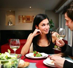 """Κίνδυνος για την υγεία το δείπνο μετά τις 7 μ.μ. - Αλλάξτε το """"ρολόι"""" για το τελευταίο γεύμα της ημέρας - Κυρίως Φωτογραφία - Gallery - Video"""