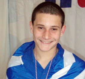 Δημοσθένης Μιχαλεντζάκης: Ποιος είναι ο 17χρονος ντροπαλός χρυσός Παραολυμπιονίκης στα 100μ. πεταλούδα  - Κυρίως Φωτογραφία - Gallery - Video