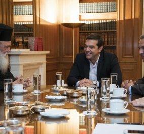 """Με τον Αρχιεπίσκοπο Ιερώνυμο συναντήθηκε ο Αλέξης Τσίπρας: """"Λύθηκαν όλες οι παρεξηγήσεις"""" - """"Παγώνουν"""" οι αλλαγές στα Θρησκευτικά μέχρι να υπάρχει συμφωνία - Κυρίως Φωτογραφία - Gallery - Video"""