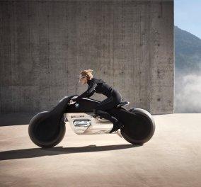 Η BMW παρουσίασε την πιο φουτουριστική, οικολογική και ασφαλή μοτοσυκλέτα που έχει δημιουργηθεί ποτέ - Κυρίως Φωτογραφία - Gallery - Video