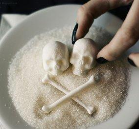 """Ζάχαρη = θάνατος: Τα """"μοντέρνα"""" κουταλάκια σε σχήμα νεκροκεφαλής κάνουν θραύση & υπενθυμίζουν: Μην την τρώτε! - Κυρίως Φωτογραφία - Gallery - Video"""