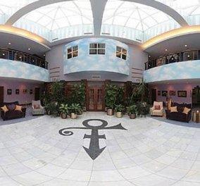 Κοσμοσυρροή για μια ξενάγηση στο Paisley Park, το εμβληματικό σπίτι του πολυβραβευμένου Prince   - Κυρίως Φωτογραφία - Gallery - Video
