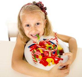 "Good News: Στοπ σε τσίχλες, καραμέλες, μαγιονέζα & αλλαντικά στα κυλικεία των σχολείων- ""Στροφή"" σε φρούτα και σαλάτες - Κυρίως Φωτογραφία - Gallery - Video"