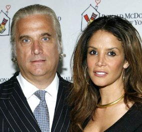 Kara Young: Η πρώην του Ντόναλντ Τραμπ, σύζυγος του Έλληνα μεγαλοεφοπλιστή  Πήτερ Γεωργιόπουλου - Τι καταλογίζει στον υποψήφιο Πρόεδρο - Κυρίως Φωτογραφία - Gallery - Video