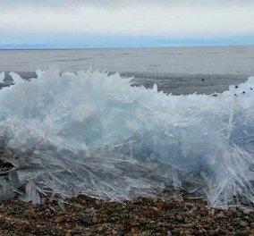 Φανταστικό βίντεο ημέρας: Δείτε πως τα κύματα στη λίμνη Βαϊκάλη της Ρωσίας παγώνουν στην στιγμή - Κυρίως Φωτογραφία - Gallery - Video