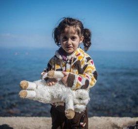 Κακοποίηση παιδιών προσφυγόπουλων & καψόνια από άνδρες του Α.Τ. της Ομόνοιας κατήγγειλαν 21 βουλευτές του ΣΥΡΙΖΑ  - Κυρίως Φωτογραφία - Gallery - Video