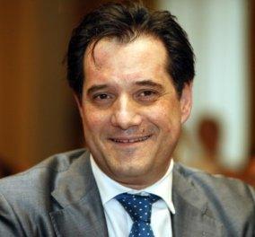 Αγωγή 50.000 ευρώ κατέθεσε εναντίον του Άδ. Γεωργιάδη ο τραγουδιστής Σπύρος Γραμμένος - Τι απαντά ο βουλευτής - Κυρίως Φωτογραφία - Gallery - Video