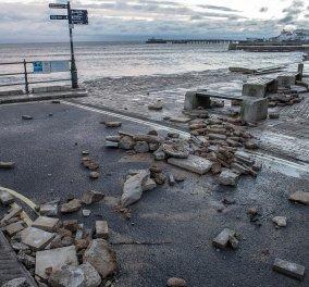 Η Βρετανία στο έλεος του τυφώνα Angus -Φωτό και βίντεο από το καταστροφικό του πέρασμα - Κυρίως Φωτογραφία - Gallery - Video