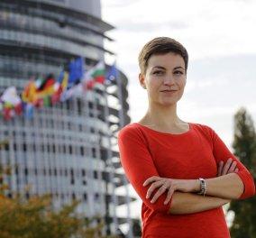 Top Woman η Σκα Κέλερ: Εξαντλήθηκαν οι Έλληνες με τις μεταρρυθμίσεις - Άμεση ελάφρυνση του ελληνικού χρέους - Κυρίως Φωτογραφία - Gallery - Video