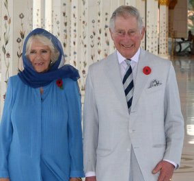 Η Καμίλα με μαντήλα σε τζαμί - Πλάι της ο αιώνια ερωτευμένος Κάρολος με λευκό κοστουμάκι - Κυρίως Φωτογραφία - Gallery - Video