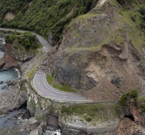 Βιβλική καταστροφή στη Ν. Ζηλανδία: Απανωτοί μετασεισμοί μετά τα 7,8 Ρίχτερ - Φωτό - Κυρίως Φωτογραφία - Gallery - Video