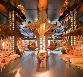 Φαντασμαγορικό  αρωματοπωλείο άνοιξε στο Παρίσι - Καθρέπτες παντού & φουτουριστικό design  - Κυρίως Φωτογραφία - Gallery - Video