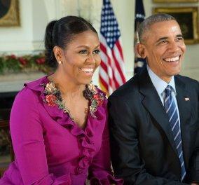 Δείτε το ζεύγος Ομπάμα στο αποχαιρετιστήριο Χριστουγεννιάτικο μήνυμα τους  - Κυρίως Φωτογραφία - Gallery - Video