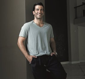 Made in Greece o Simon Kassianides: O καλλονός Έλληνας ηθοποιός &  αντίπαλος του James Bond μίλησε στο Νίκο Μουρατίδη  - Κυρίως Φωτογραφία - Gallery - Video