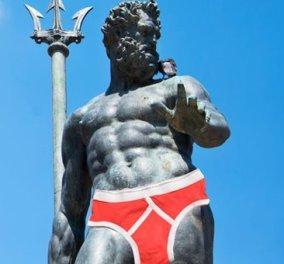 Με κόκκινο σλιπάκι ο θεός! Το Facebook λογόκρινε (και) το γυμνό άγαλμα του Ποσειδώνα  - Κυρίως Φωτογραφία - Gallery - Video