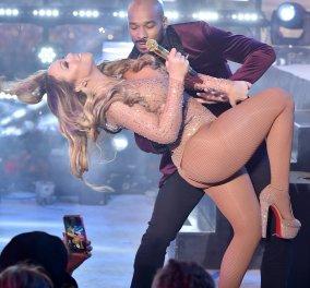 Mariah Carey Πρωτοχρονιά - κακήν κακώς! Εγκατέλειψε την Times Square λόγω τεχνικών προβλημάτων – βίντεο, φωτό - Κυρίως Φωτογραφία - Gallery - Video