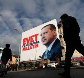 Οριακή νίκη του «Ναι» με τον Ερντογάν να φτάνει μόλις το 51%- «Διχασμένη« η Τουρκία στους δρόμους οι οπαδοί & οι εχθροί του - Κυρίως Φωτογραφία - Gallery - Video