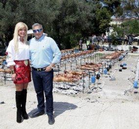 Ο Γιώργος Πατούλης και η Μαρίνα του με κόκκινη μίνι φούστα έσυραν το χορό στο πασχαλινό γλέντι του δήμου - Κυρίως Φωτογραφία - Gallery - Video